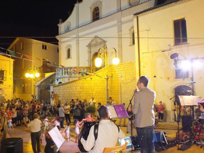 Diego Sielo, canti e giochi, Angela Possidente, Luciano Brienza, musica in piazza, mini organetto, Ripacandida